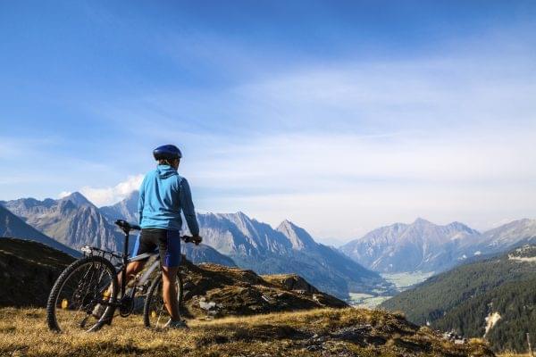Vista del Camino de Santiago en bicicleta