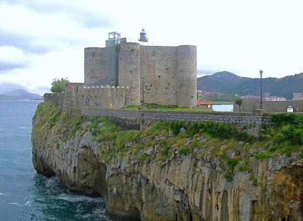 Castillo Faro de Santa An
