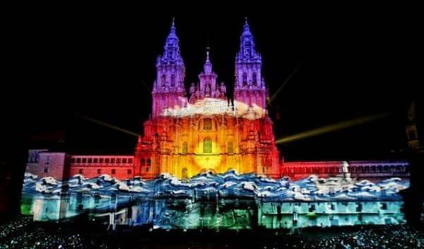 Celebracion nocturna del dia del apostol Santiago