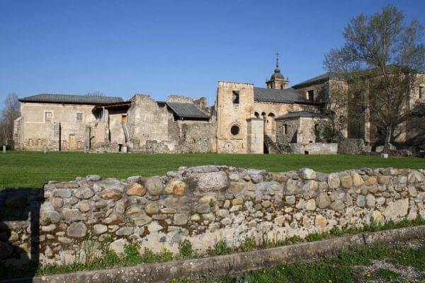 Imagen del monasterio de Santa Maria de Carracedo