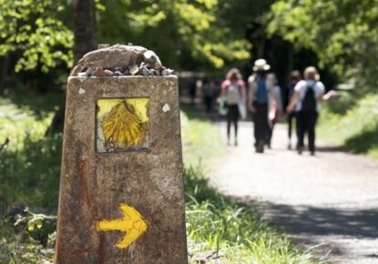 camino-santiago-group-guided