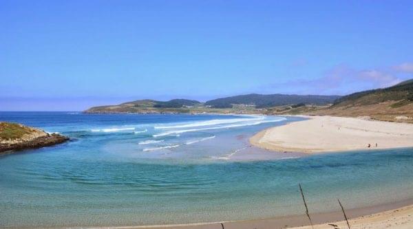 Playas por el Camino de los Faros