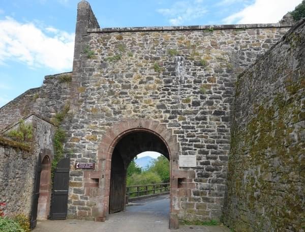 Puerta de Saint Jacques St Jean Pied de Port