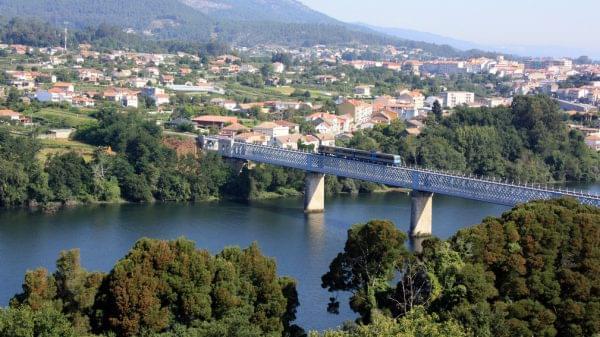 Vista del Puente de Tui