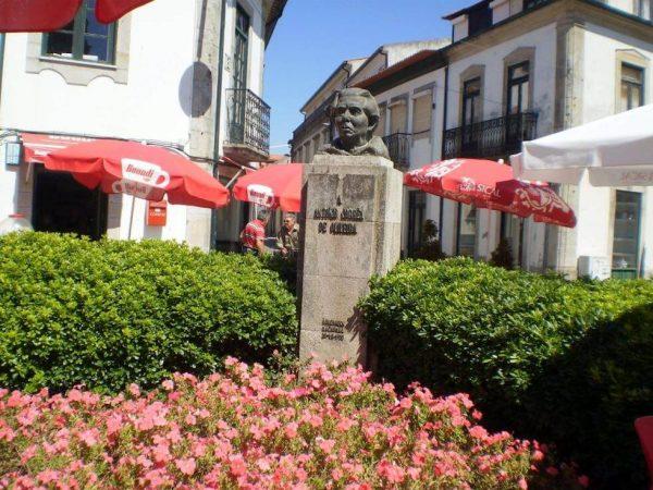 Monumento Antonio Correa de Oliveira