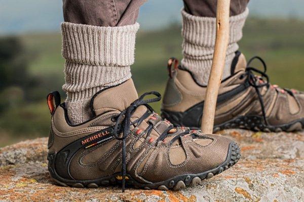 Schuhe fur den Jakobsweg