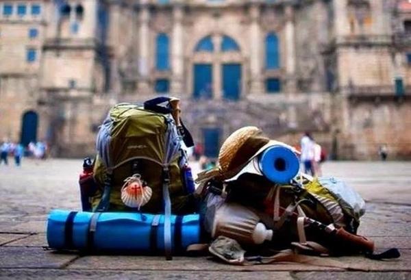 La mayoría de los peregrinos ansían regresar a casa con la codiciada Compostela.