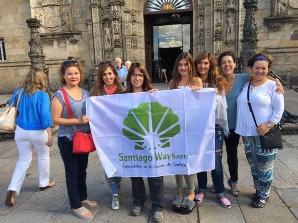 Grupo Guiado a su llegada a Santiago