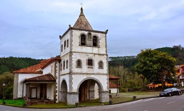 Iglesia de San Martin de Luina