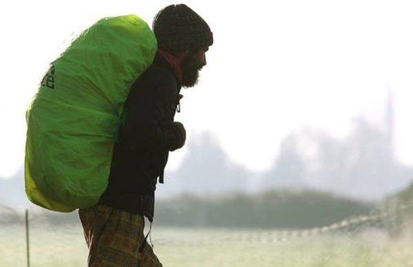 Der Rucksack des Jakobsweges im Winter