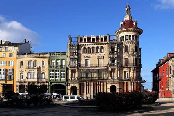 Los Moreno tower