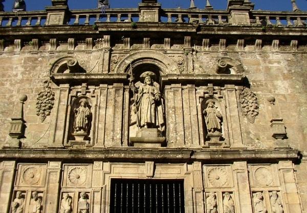 La peregrinación a Santiago de Compostela es especialmente popular durante el Xacobeo.