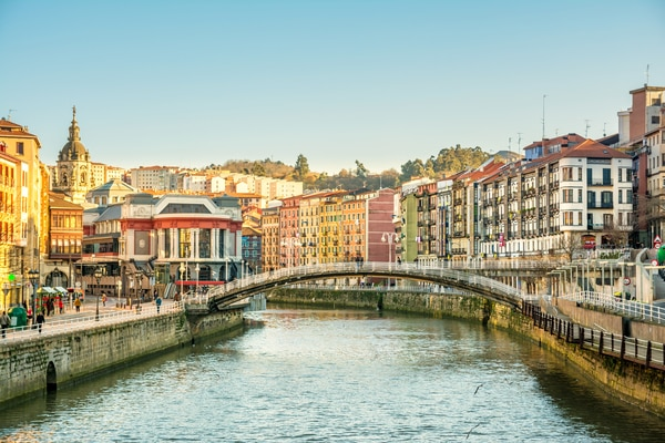 El antiguo trazado conocido como Camino Olvidado es una ruta de montaña que une Bilbao con el Camino Francés, en Villafranca del Bierzo.