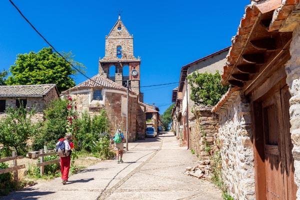 La ruta del Camino de Santiago y el punto de salida que escojas determina claramente el número de etapas.