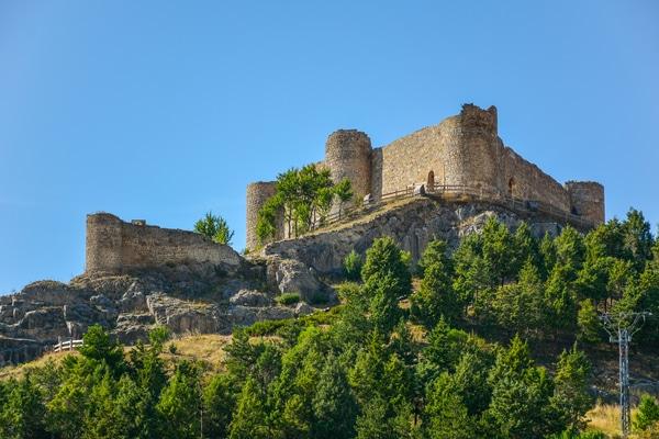 Hasta que el Camino Francés no fue totalmente seguro, funcionó lo que hoy se conoce como Viejo o Antiguo Camino de Santiago.