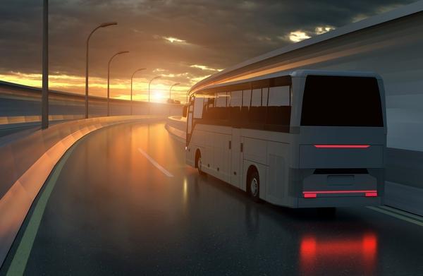 La forma más sencilla y económica para ir a Pamplona, y luego llegar a Roncesvalles, es tomar el autobús.