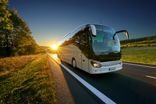 Como-llegar-Sarria-Santiago-autobus