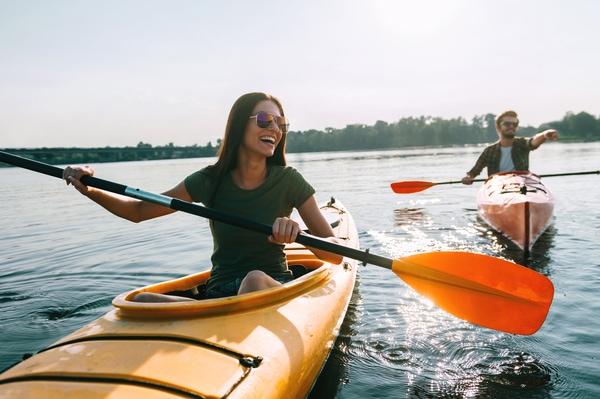 Cada vez son más lo peregrinos que se animan a hacer el Camino de Santiago en kayak.