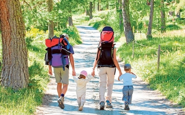 Doing the Camino de Santiago with children is the perfect excuse to start enjoying quality time with the family long before the pilgrimage begins.
