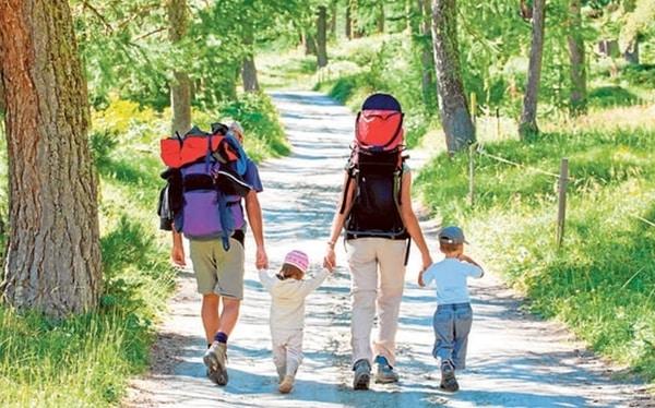 Den Jakobsweg mit kleinen Kindern vorbereiten