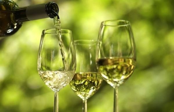 Grüne Weine des portugiesischen Wegs