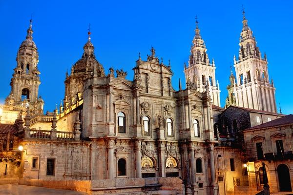 Ursprung und Geschichte Kathedrale von Santiago