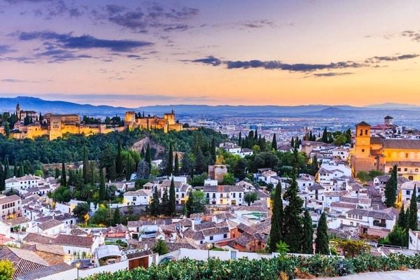 Der mozarabische Weg auf seinem Weg durch Granada
