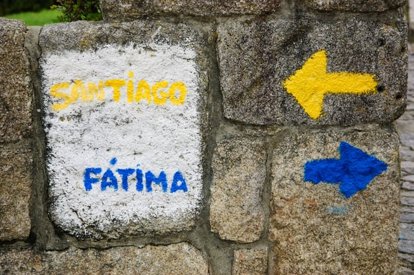 The Camino Portugues Central Route, despite being the second most frequented route, has a deficient infrastructure in its early stages.