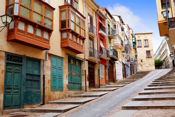 Ein Abschnitt des Jakobsweges Valladolid auf seinem Weg durch Zamora auf der Via de la Plata